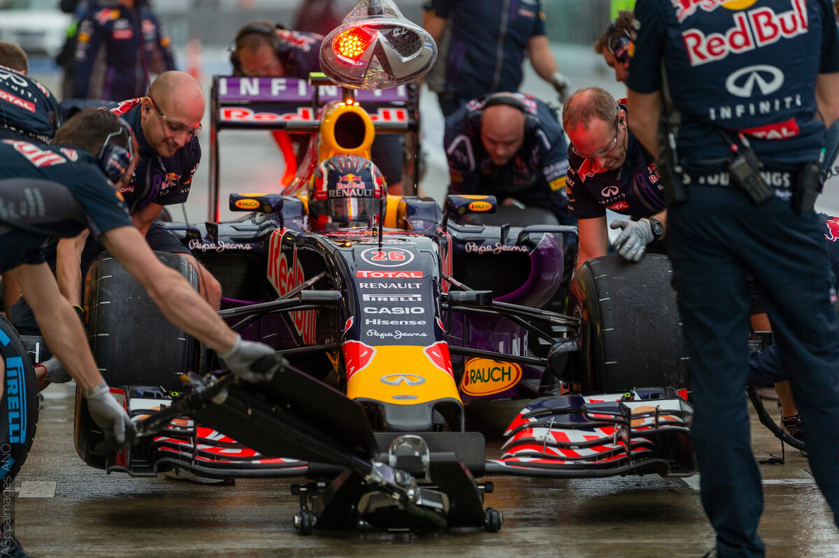 2015.Formula1.Round.15.Russia.Sochi.Autodrom.Red.Bull.Racing.Hi-Res.ASppa.Images.COM-3 by .
