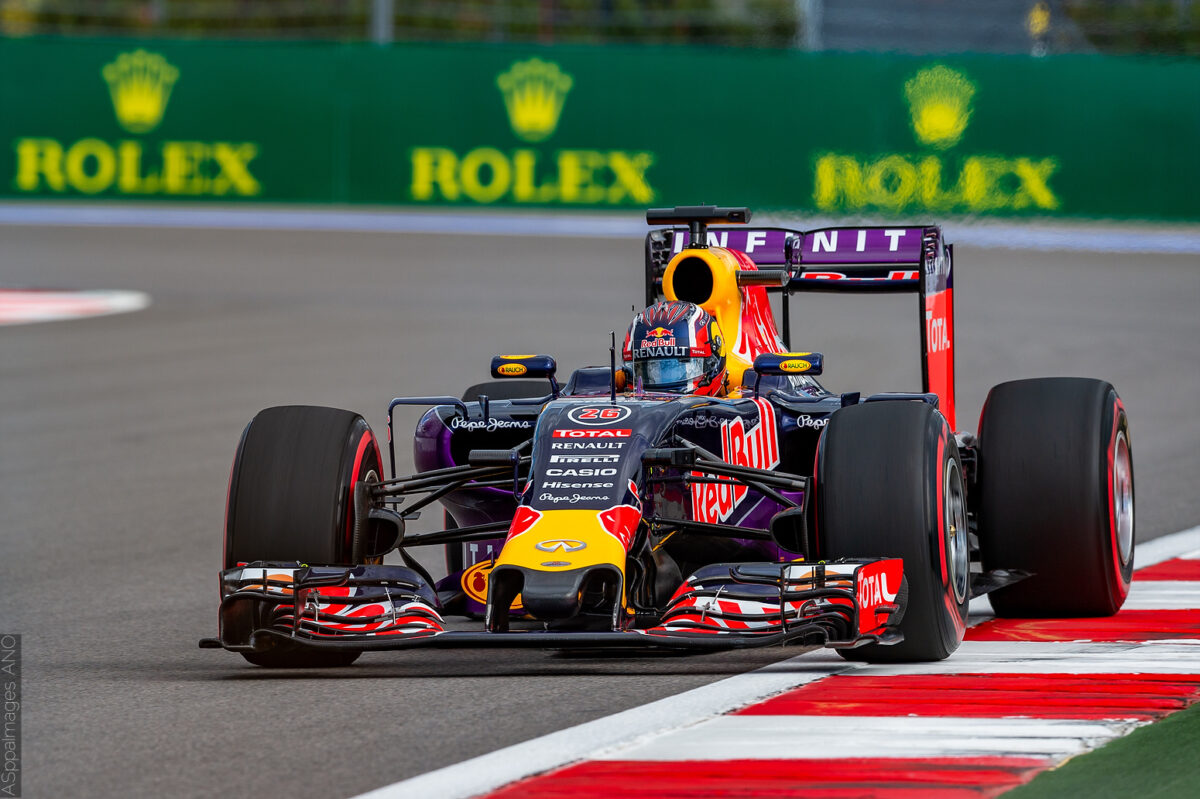 2015.Formula1.Round.15.Russia.Sochi.Autodrom.Red.Bull.Racing.Hi-Res.ASppa.Images.COM-72 by .