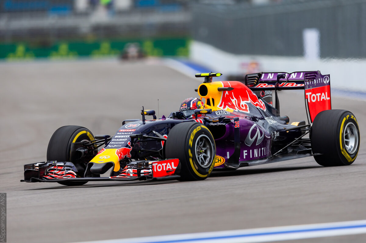 2015.Formula1.Round.15.Russia.Sochi.Autodrom.Red.Bull.Racing.Hi-Res.ASppa.Images.COM-96 by .